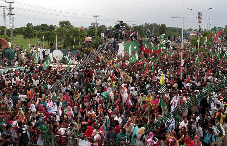 Акции протеста в Исламабаде