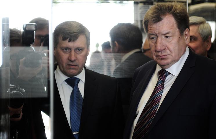 Мэр Новосибирска Анатолий Локоть и Иван Стариков (слева направо)