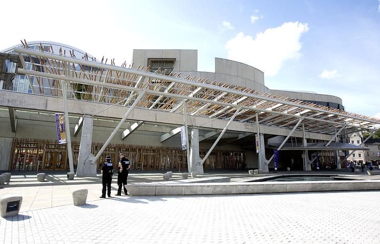 Здание парламента Шотландии в Эдинбурге