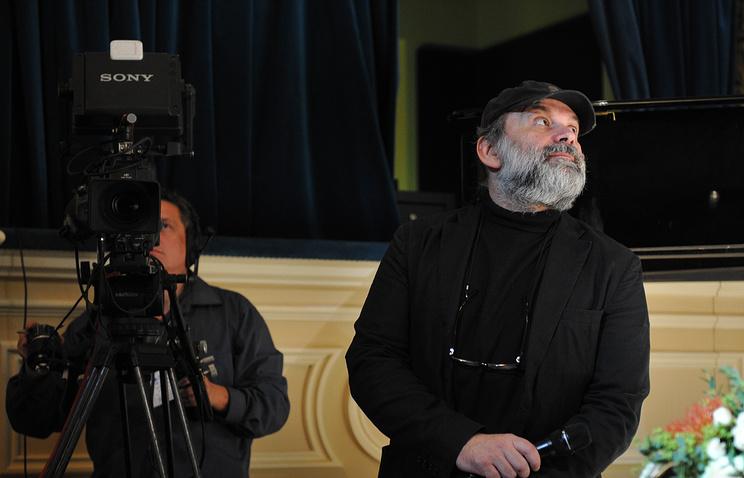 Андрей Могучий во время открытия нового сезона в БДТ, 28 сентября