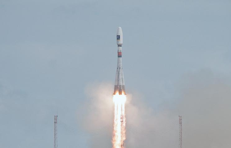 """Российская ракета-носитель """"Союз-СТ-Б"""" с разгонным блоком """"Фрегат-МТ"""" и двумя европейскими спутниками стартовала с космодрома Куру во Французской Гвиане 22 августа"""