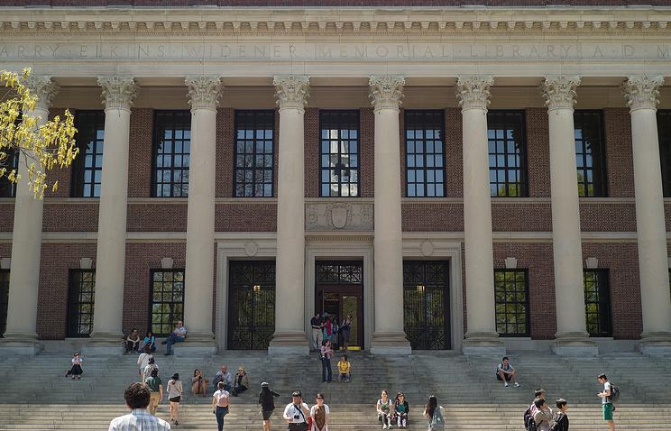 Здание библиотеки Гарвардского университета