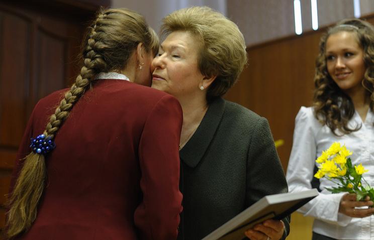 Вдова первого президента России Наина Ельцина во время церемонии вручения стипендий в Уральском государственном техническом университете – УПИ. 2010 год