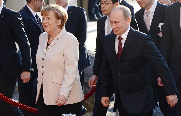 Канцлер ФРГ Ангела Меркель и президент РФ Владимир Путин