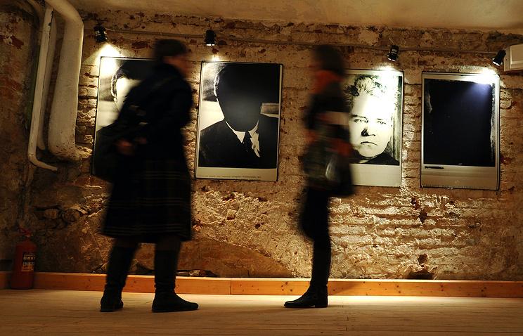 """Выставка Дэвида Кинга """"Комиссар исчезает"""" в музее истории ГУЛАГа"""
