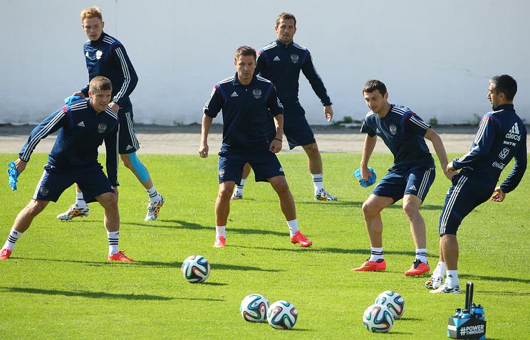 Игроки сборной России во время тренировки