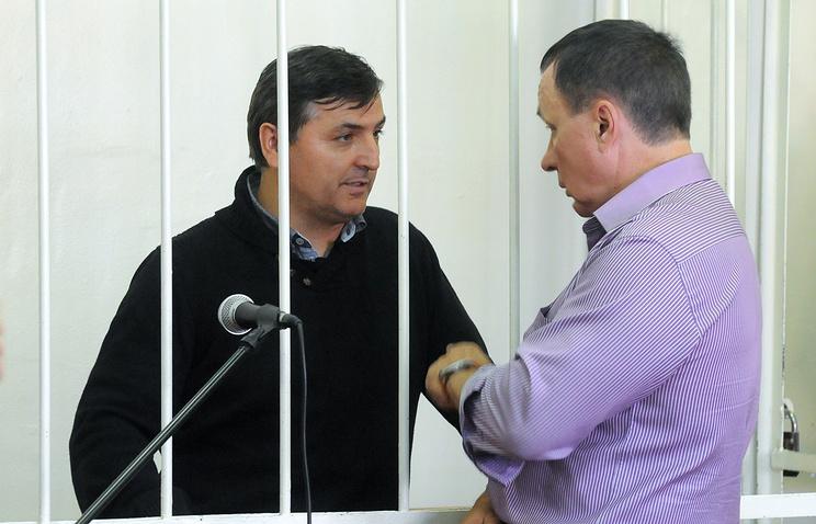 Бывший первый заместитель губернатора Омской области Юрий Гамбург (слева)