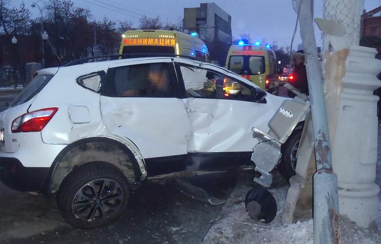 Авария в Екатеринбурге на Ленина - Жукова
