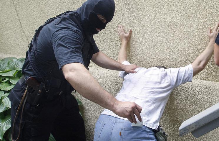 Задержание подозреваемого в хранении наркотиков