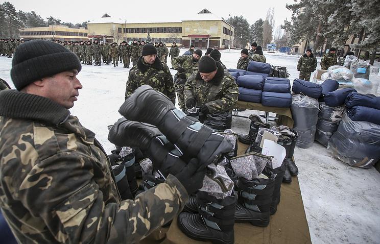 Передача 100 единиц тяжелого вооружения украинским военным в городе Чугуев
