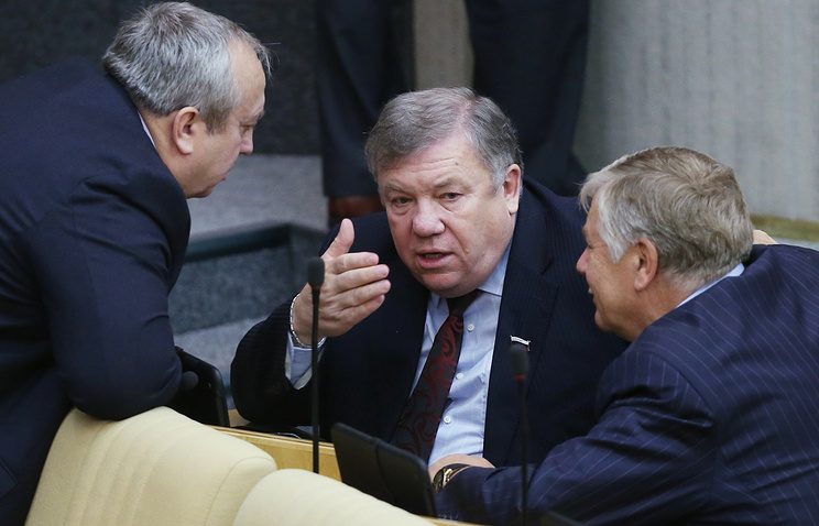 Председатель комитета Госдумы по обороне Владимир Комоедов