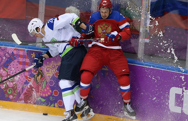 Вячеслав Войнов (справа)