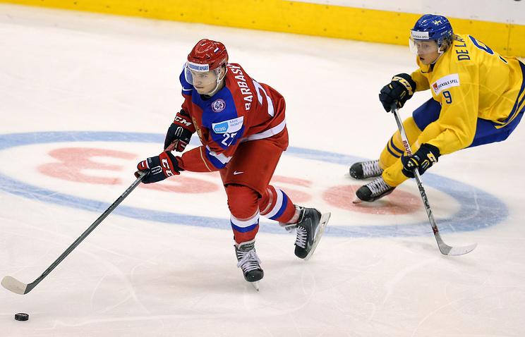 Эпизод из матча между сборными России и Швеции