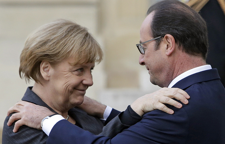 Канцлер Германии Ангела Меркель и президент Франции Франсуа Олланд в Елисейском дворце, 11 января