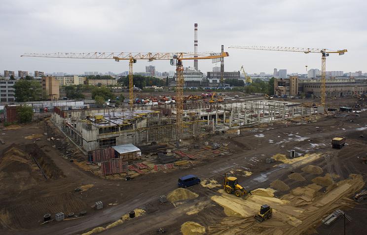 Вид на территорию промышленной зоны ЗИЛ, август 2014 года