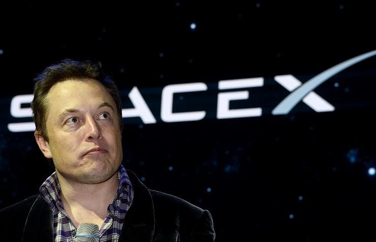 Глава компании SpaceX Элон Маск