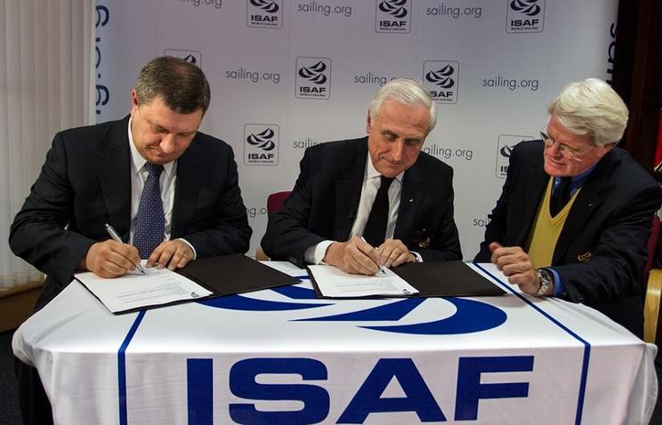 """Подписание спонсорского контракта, заключенного между """"Газпромом"""" и Международной федерацией парусного спорта"""