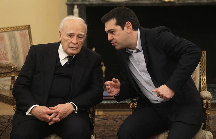 Президент Греции Каролос Папульяс и премьер-министр Алексис Ципрас (слева направо)