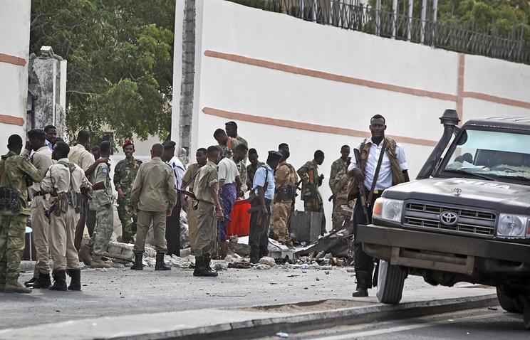 После взрыва у гостиницы SYL