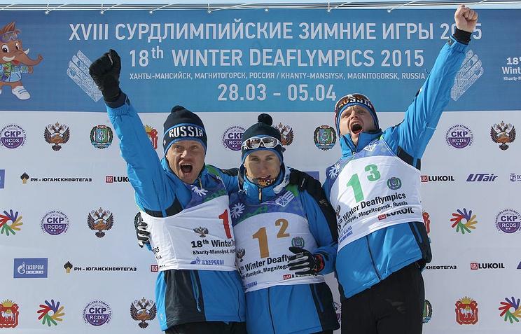 Сборная России по лыжным гонкам завоевала золотые медали в мужской эстафете