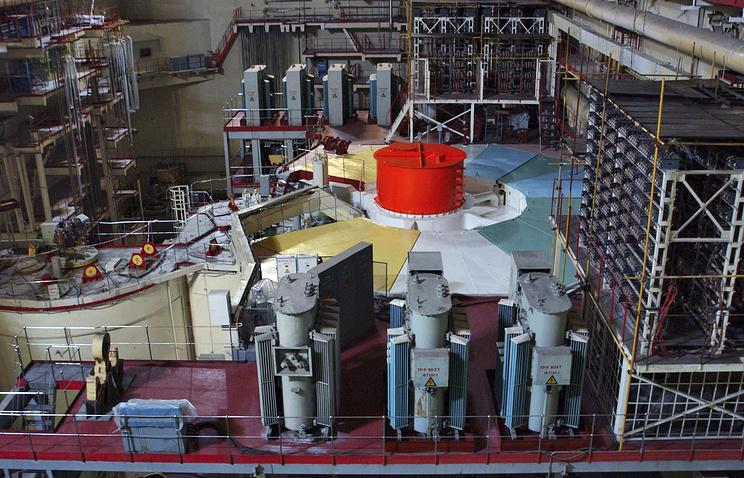 В зале третьего блока атомного реактора Белоярской атомной электростанции