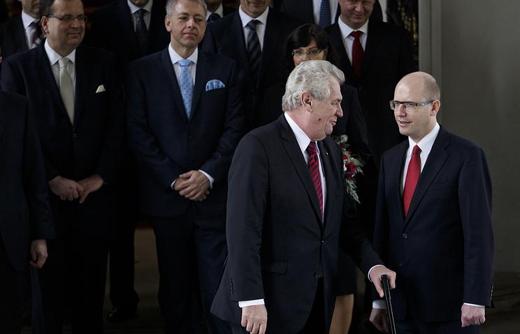 Президент Чехии Милош Земан и премьер-министр Чехии Богуслав Соботка