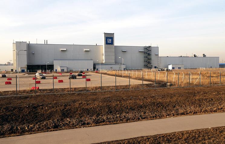 Вид на завод GM в Санкт-Петербурге