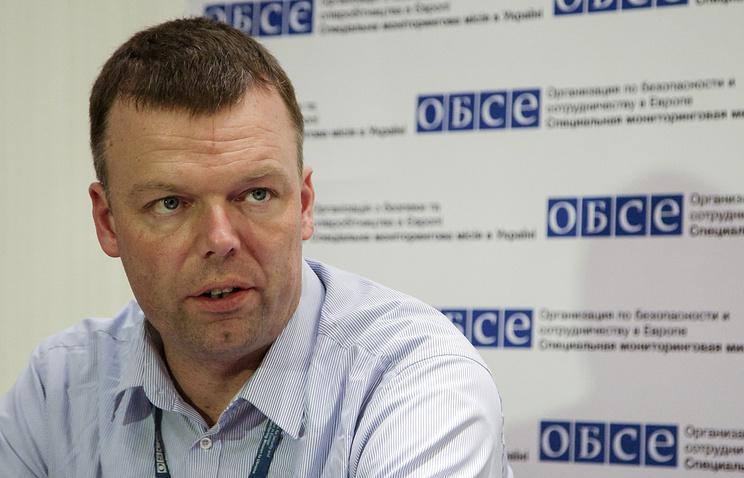 Pамглавы Специальной мониторинговой миссии ОБСЕ на Украине Александр Хуг