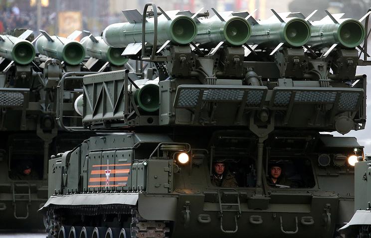 """Зенитно-ракетный комплекс средней дальности """"БУК-М2"""""""