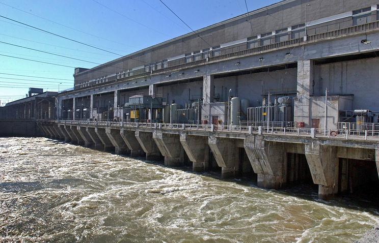 Плотина Новосибирской ГЭС