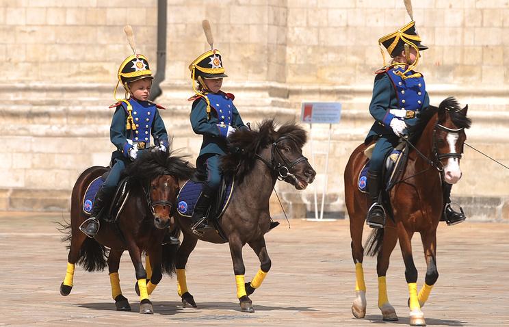 Церемония развода конных и пеших караулов в Кремле