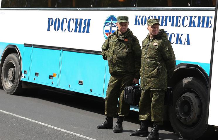 Военнослужащие на космодроме Плесецк