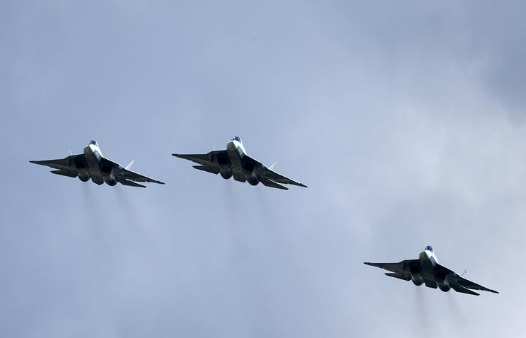 Российские многоцелевые истребители пятого поколения ПАК ФА (Т-50)