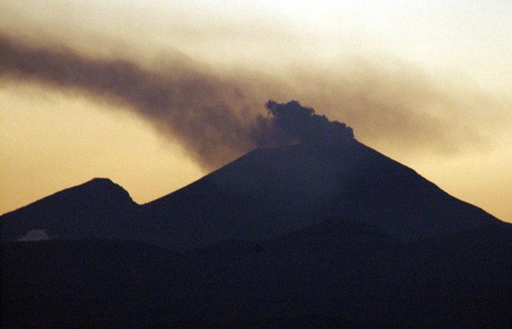 Вулкан Асама
