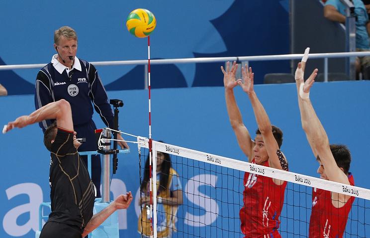 Матч волейбольного турнира на I Европейских играх: Германия – Россия - 1:3