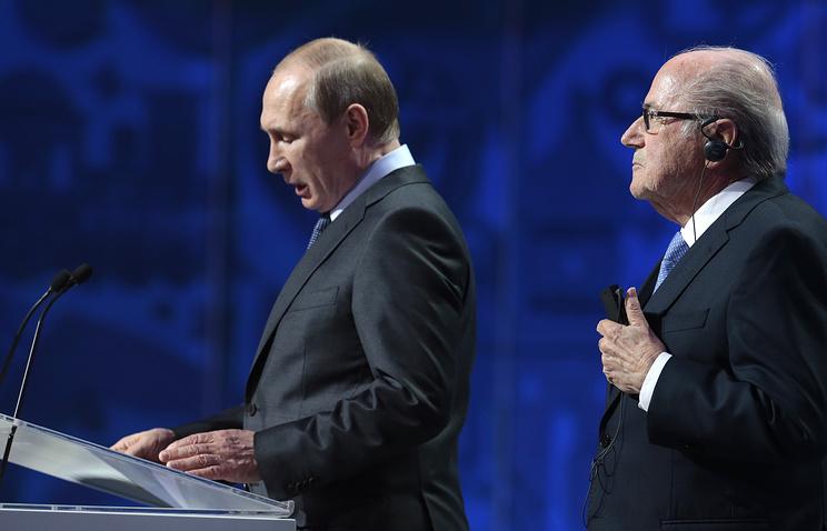 Президент России Владимир Путин и глава Международной федерации футбола (ФИФА) Йозеф Блаттер