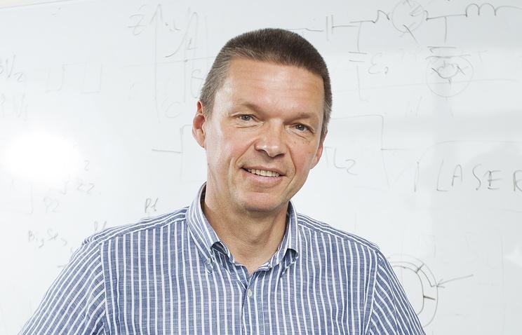 профессор Алексей Устинов