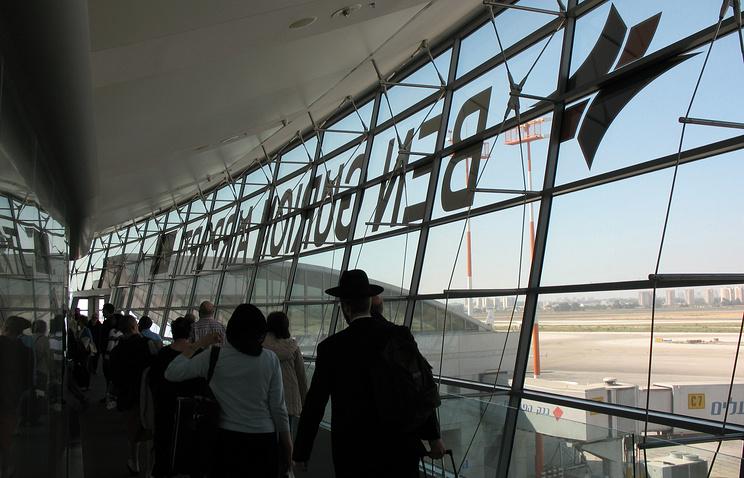 В аэропорту имени Давида Бен-Гуриона
