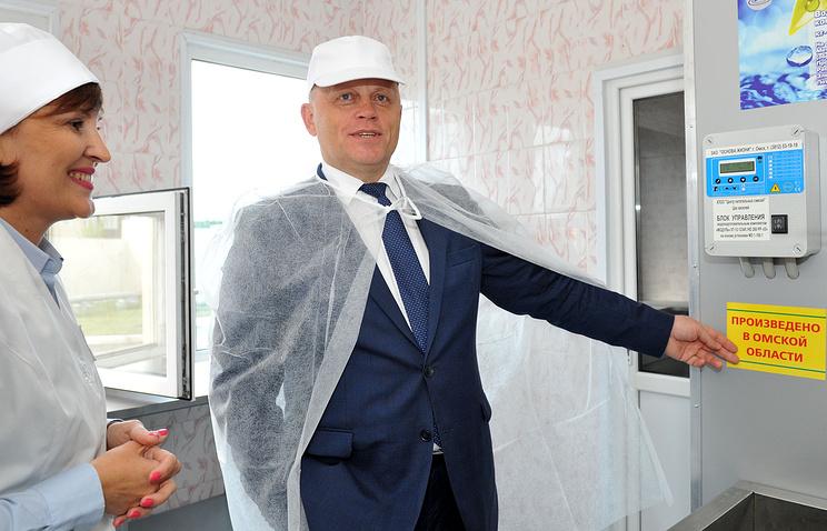 Виктор Назаров оценил уникальный молочный продукт для детей, разработанный Центром питательных смесей
