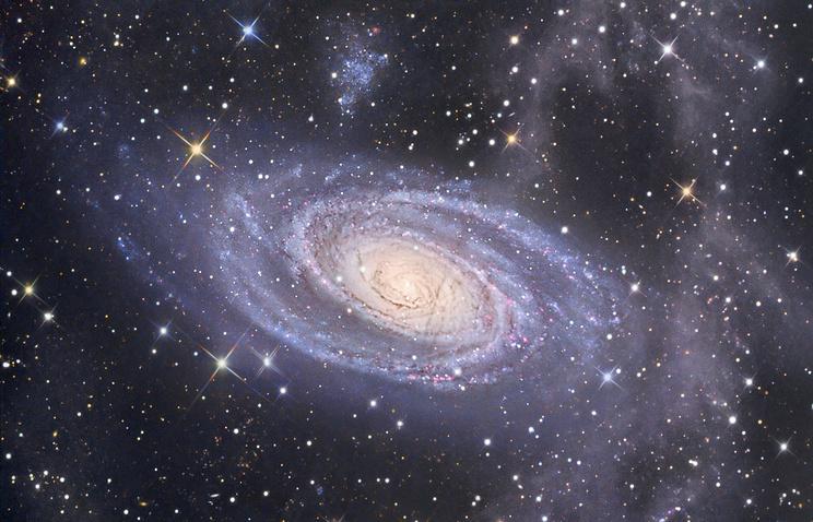 Спиральная галактика М81 в созвездии Большой Медведицы - одна из самых ярких на нашем небе