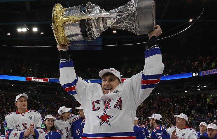 Игрок СКА Николай Белов