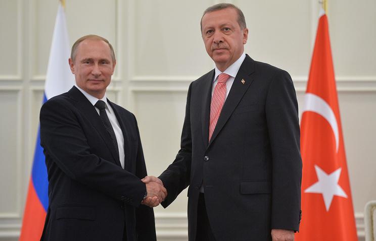Президент России Владимир Путин и президент Турции Реджеп Тайип Эрдоган, июнь 2015 года