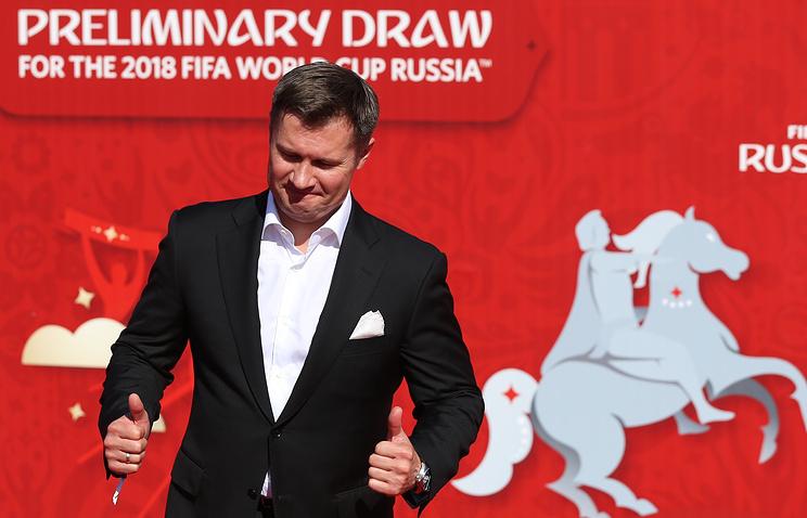Спортсмен Алексей Немов перед началом церемонии предварительной жеребьевки чемпионата мира по футболу 2018