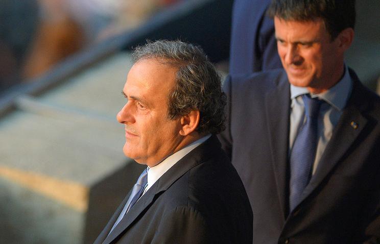 Президент УЕФА Мишель Платини и премьер-министр Франции Мануэль Вальс