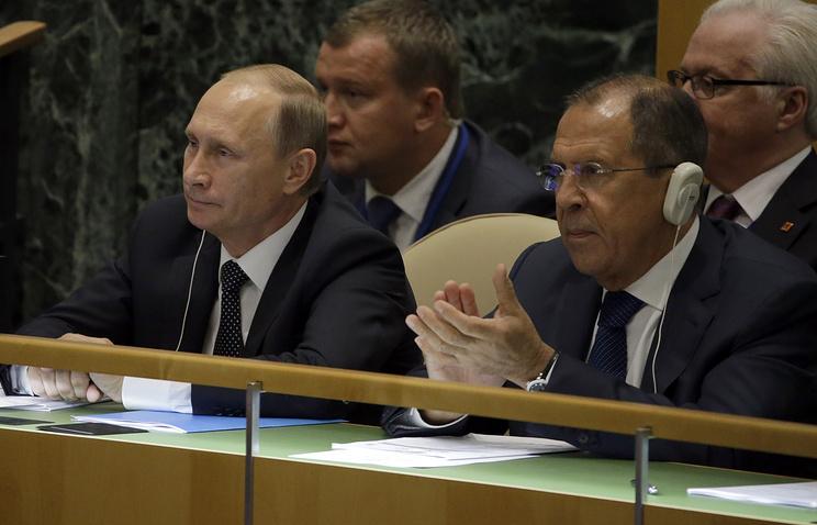 Президент России Владимир Путин и глава МИД РФ Сергей Лавров