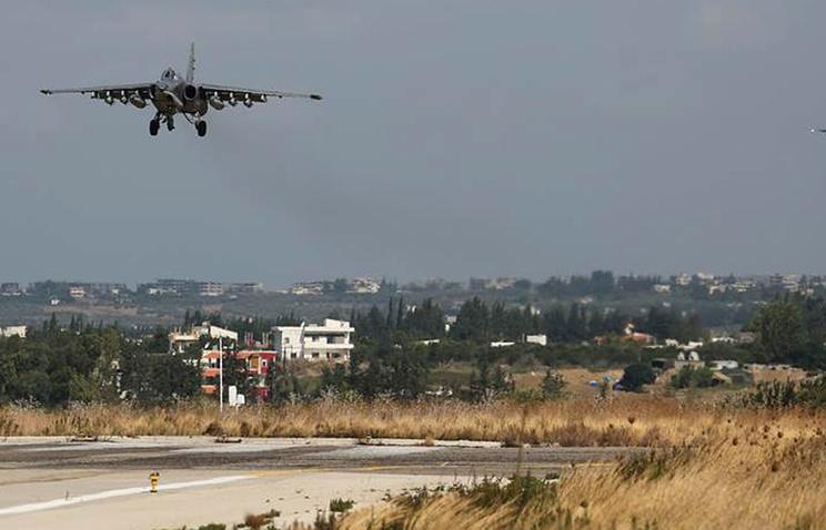 Российские самолеты на авиабазе в Сирии