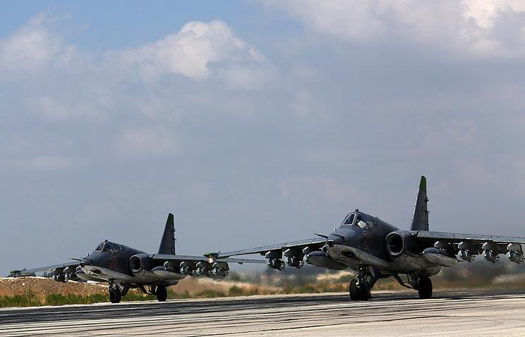 Российские штурмовики Су-25СМ на авиабазе в Сирии