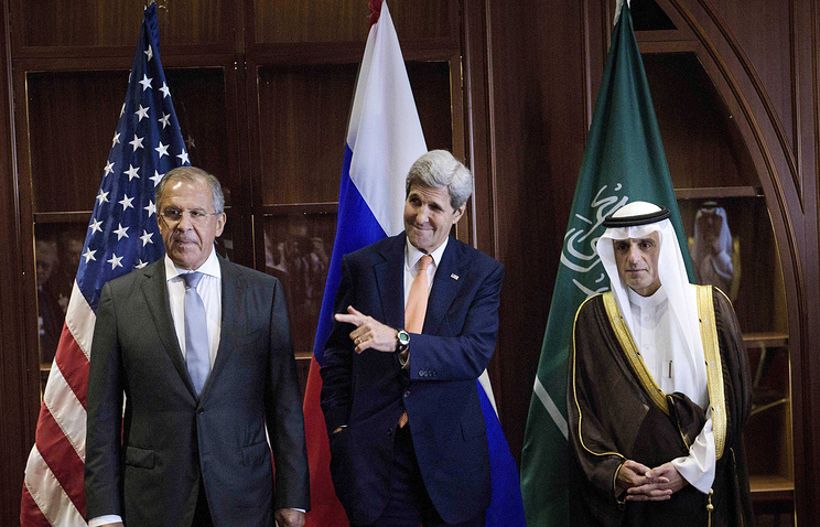 Главы МИД России, США и Саудовской Аравии Сергей Лавров, Джон Керри и Адель аль-Джубейр