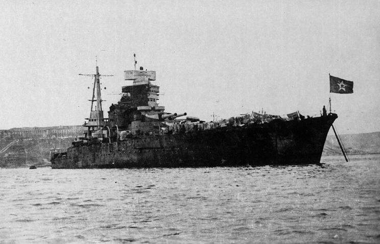 Линейный корабль Новороссийск в Севастополе, 1949 год
