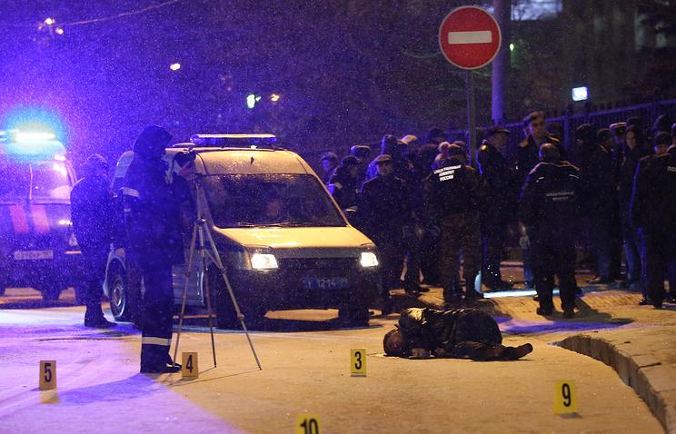 Тело мужчины, застреленного на улице Солянка